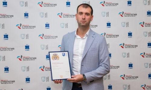 Андрей Леонидов