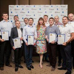 Количество выпускников ОУ Великобритании — МИМ ЛИНК в Харькове увеличилось на 40 человек!